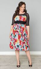 Kiyonna Plus Size  Floral Cocktail Party Dress Size 2X Twirl & Swirl Made in USA