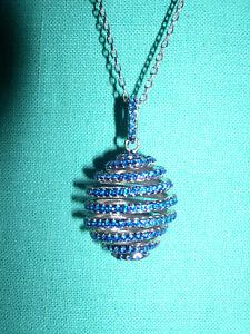 Prix Bas Avec Superbe Pendentif Et Chaine Argent ,oeuf Spirale (facon Fabergé) Facile à Lubrifier