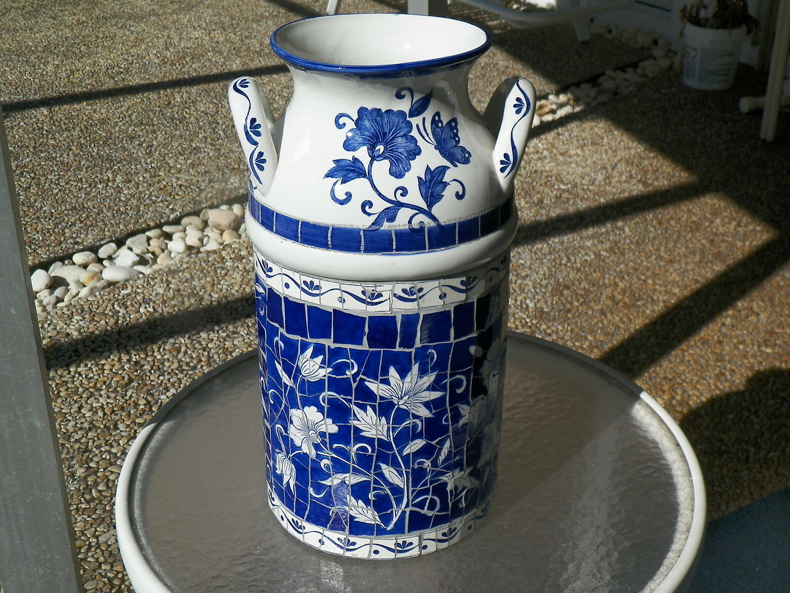 18.5  CERAMIC MOSAIC MILK CAN Blau & Weiß UMBRELLA STAND & VASE