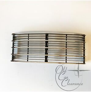 1965 Lincoln Continental Center Grill (C5VY8200A)