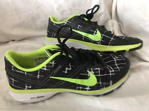 74129ba8fab9 Women s Nike Flywire Training Tennis Shoes Size 9.5 Black Lime Green ...