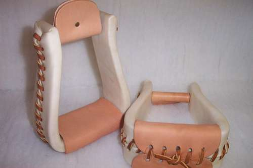 RIDERS CHOICE RAWHIDE ROPER STIRRUPS RANCH MADE HERE IN ALABAMA FREE US SHIPPING