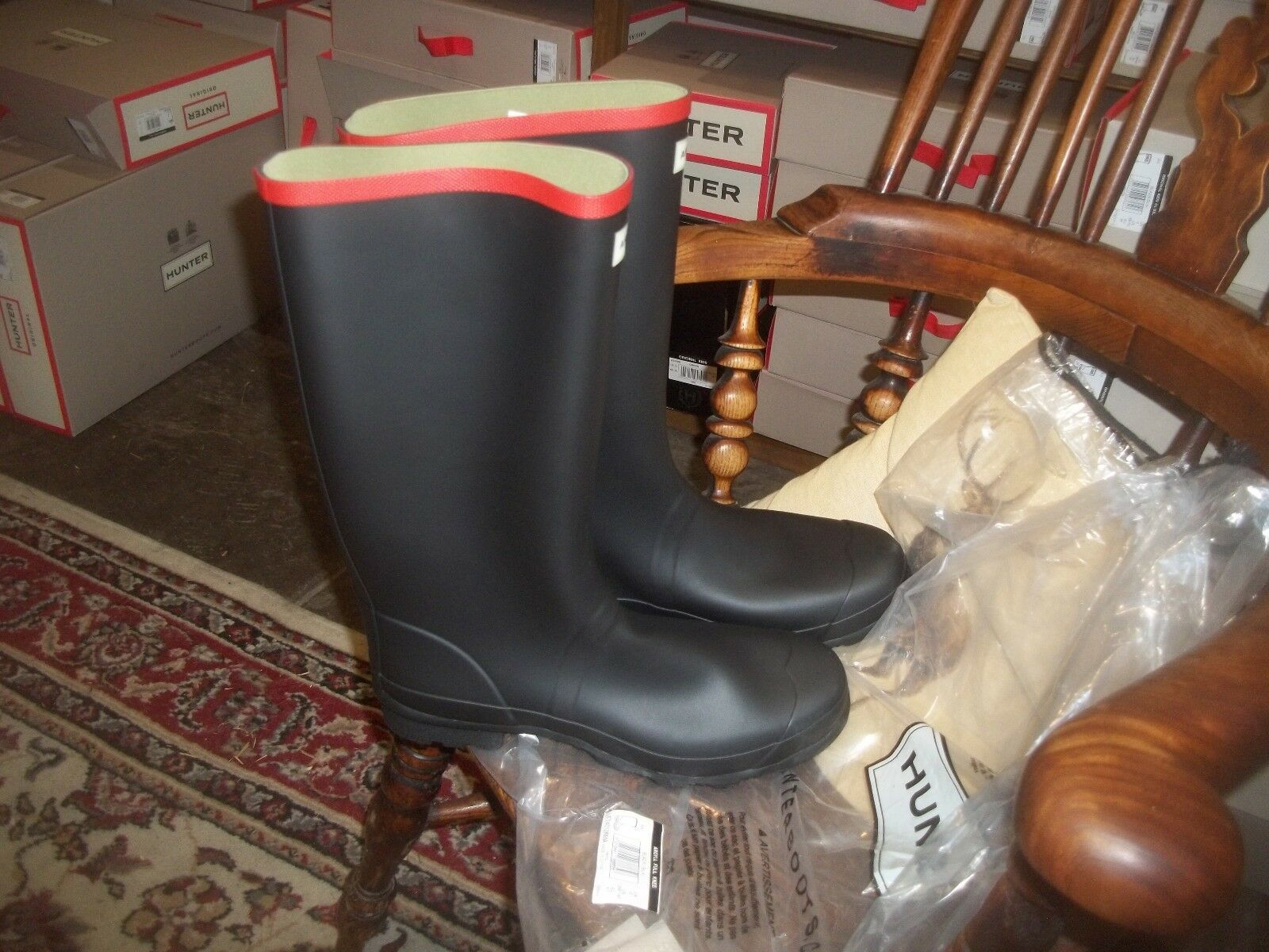 HUNTER WELLIES WELLINGTONS  IN HALIFAX ARGYLL BLACK/ROT SIZE 11  FULL KNEE