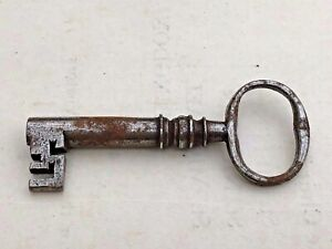 Details about victorian wire bow steel hollow bore key ! metal box or safe  key - nice cut end