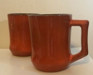 Mid-Century-Frankoma-C5-Flame-Orange-Set-of-2-Mugs-D-Handle-Brown-Interior