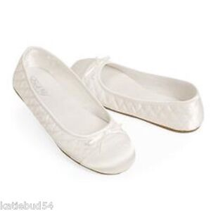 72d935f8104b4 Image is loading ESNY-Occasions-Flower-Girl-Ballerina-Shoes-White-NEW