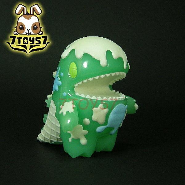 Unbox Industries x Ziqi 4  GID Glow Green Dino_ Vinyl Figure _Sofubi Now UBX011B