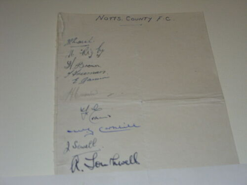 NOTTS COUNTY 1948 SIGNED BY JACKIE SEWELL, NORMAN RIGBY, EDDIE GANNON + 7 AFTEL