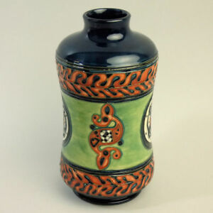 SCARCE-MOORCROFT-ART-POTTERY-1999-COLLECTORS-CLUB-VASE-1-OF-ONLY-3-MADE