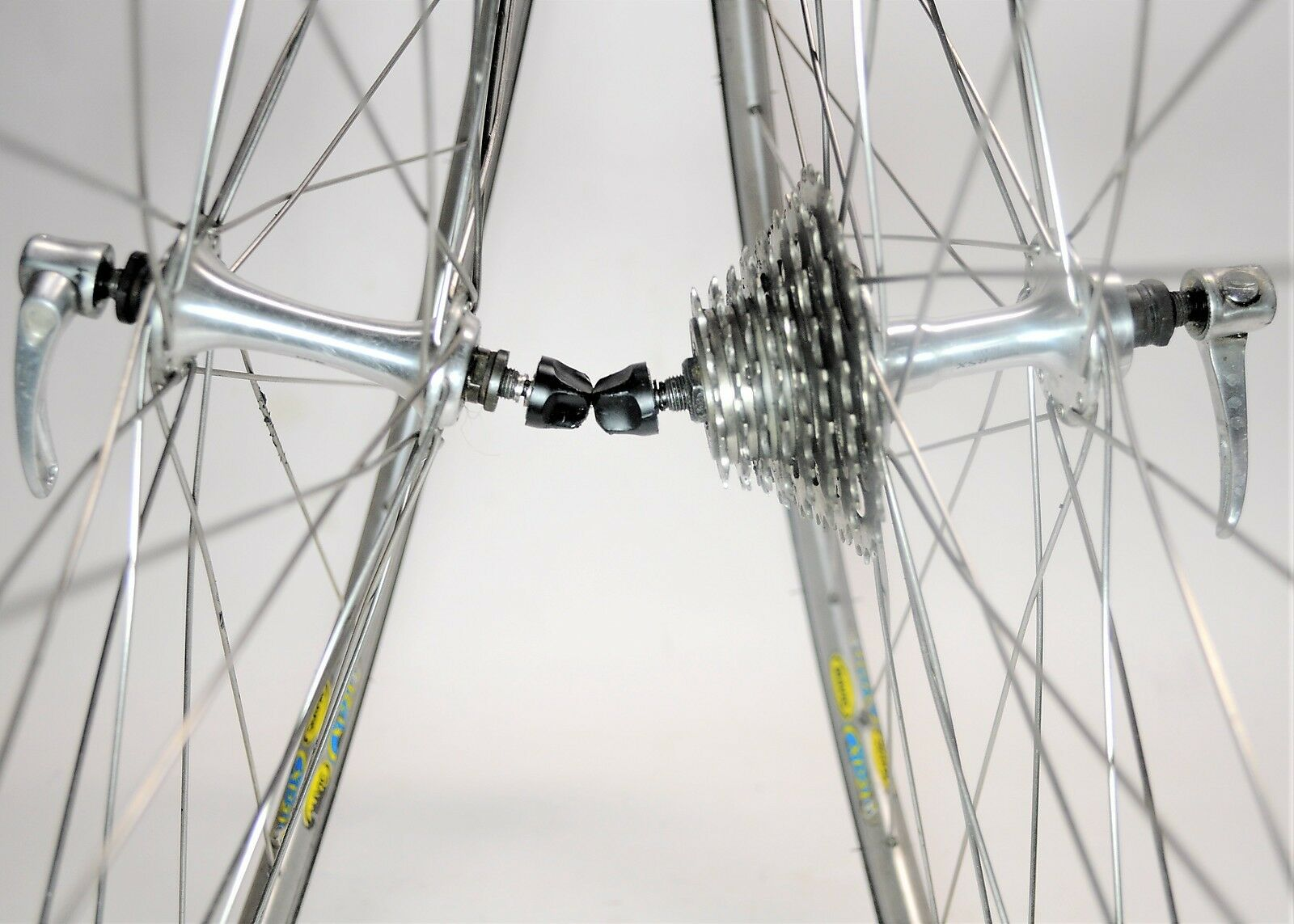 SHIMANO RSX A416 MAVIC CXP21 RACE LITE ROAD BICYCLE 8 SPEED 700c WHEELSET 130MM