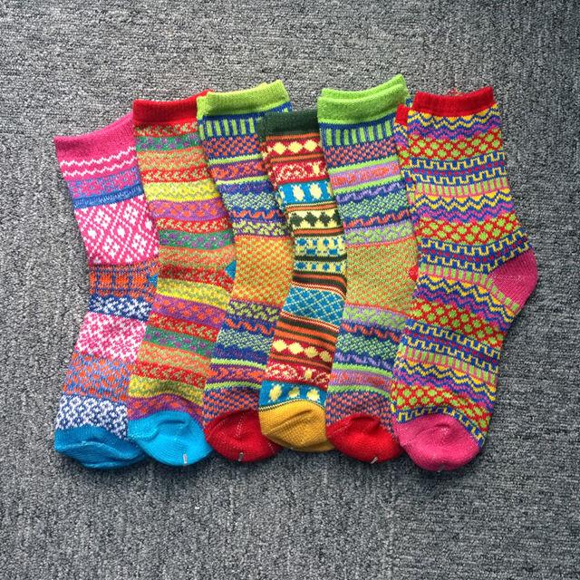 Cool Casual Cotton Socks Design Multi-Color Fashion Dress Mens Women's Socks