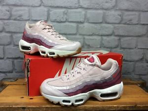 a7a73a7ff5 NIKE LADIES UK 4 EUR 37.5 AIR MAX 95 BARELY ROSE HOT PUNCH TRAINERS ...
