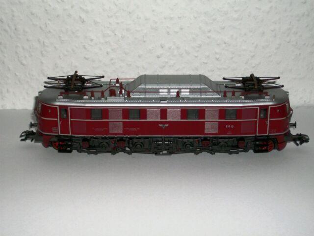 Märklin  E-Lok (3469):   BR E19     OVP