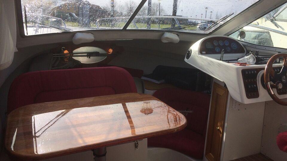 Dejlig båd med alt i udstyr