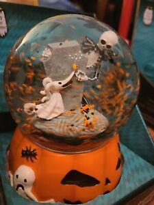 Nightmare-Before-Christmas-Jack-Zero-Musical-Snow-Motion-Water-Globe-Pumpkin
