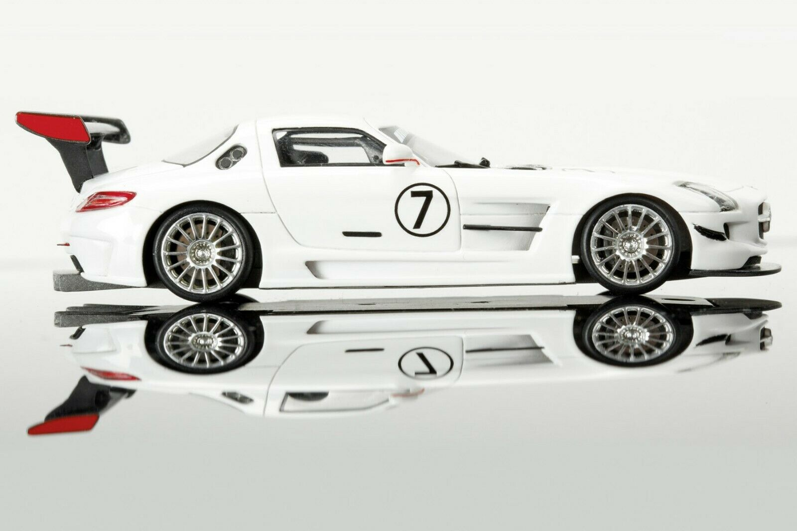 Schuco 450881500 MB SLS AMG GT3 white - 1 of 500 pcs. - OVP - 1 43