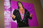 """BRET """"HITMAN"""" HART SIGNED WWE/WWF 8X10 PHOTO SOLO POSE HART FOUNDATION"""