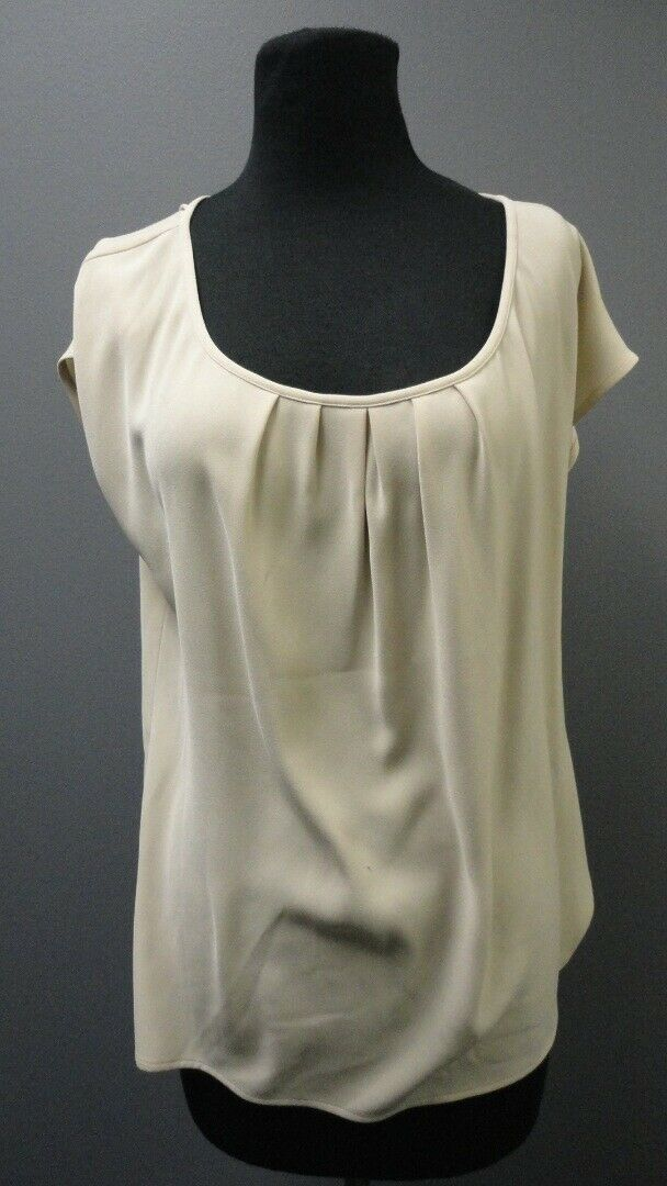 ST. JOHN Porcelain Scoop Neck Short Sleeves Solid Casual Blouse NWT Sz M GG3754