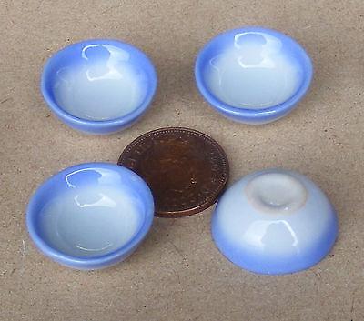 Avere Una Mente Inquisitrice 1:12 Scala 4 Blue & White Rotonda Ciotole Casa Delle Bambole Miniatura Accessorio Da Cucina B9-mostra Il Titolo Originale