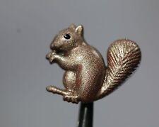 / Hübsches Kinderknopf-Trio - bemalte Eichhörnchen - wohl ab 2010