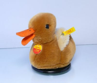 Supply Steiff 091193 Anatre Cosy Piccy Con Voce Duck Bandiera E Pulsante Da 6 Mesi