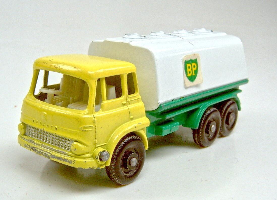 Matchbox RW 25C Bedford Tanker yellow   white   green  BP  silverner Grill