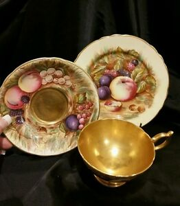 AYNSLEY-HANDPAINTED-vintage-English-china-SIGNED-ORCHARD-TRIO-GOLD-EXCELLENT