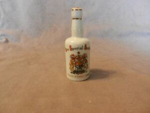 One-Special-Scotch-Souvenir-Miniature-Bottle-Canada-Coat-of-Arms-Quebec-Empty