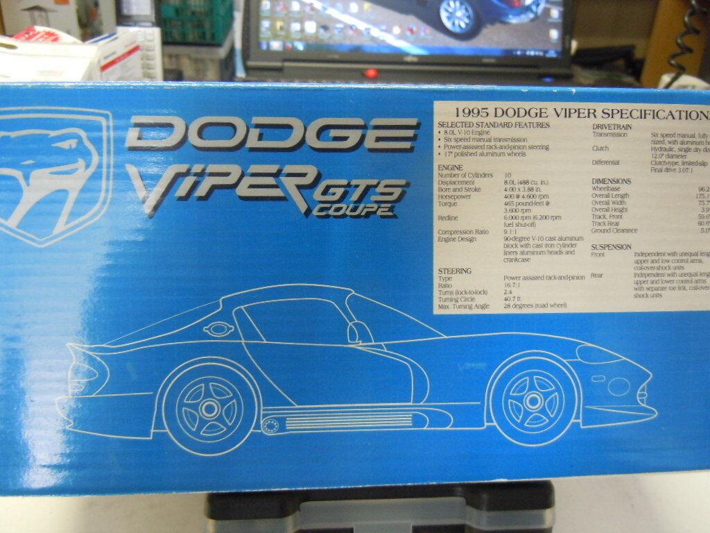 Trois RARE McLaren f1 et Dodge Viper Viper Viper Gts Modèles Dans 1 24 Nouveau neuf dans sa boîte 3ef097