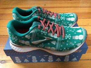Details about NEW Brooks Revel 3 Ugly Sweater Christmas LE Women's Running Shoes Sz 7.5