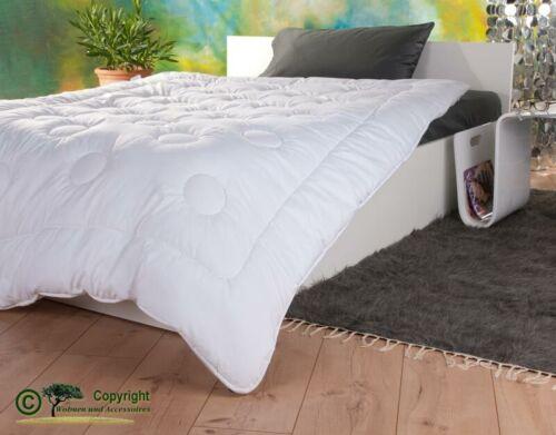 Mono-Stepp Bettdecke 155x220cm mit Füllung aus Kamelhaar und Satin-Gewebe