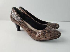 Diana-Ferrari-Supersoft-Brown-Snakeskin-Classic-Pump-Court-Heel-Women-039-s-Size-US9