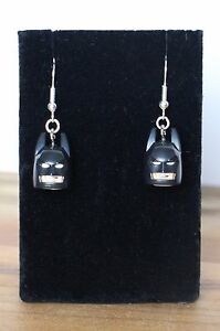Batman-drop-dangle-Earrings-NEW-HANDMADE-ITEM-stocking-filler
