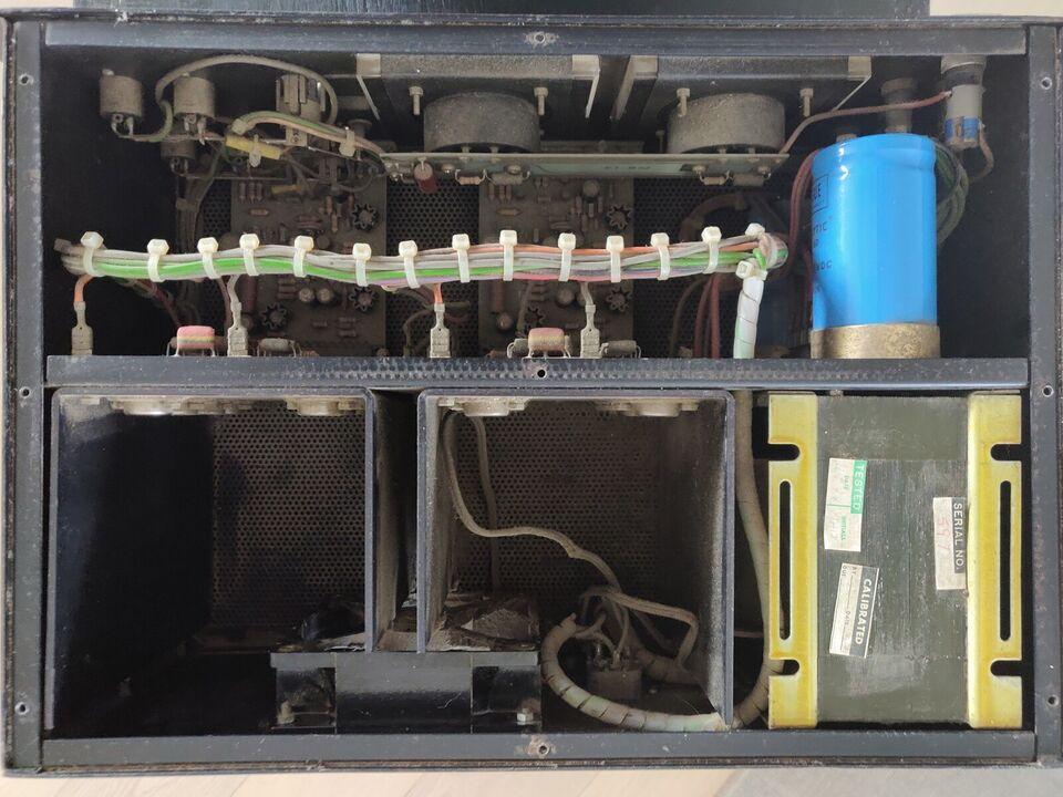 Effektforstærker, Eaton Bray b800