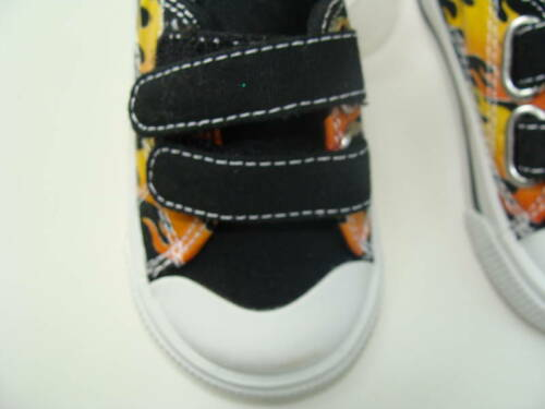 Gymboree Built for Speed Boys Size 04 Tennis Shoes NEW