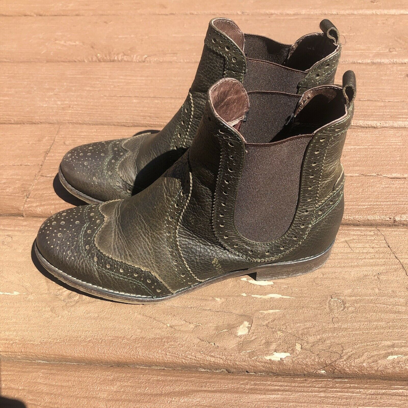 Sundance Cobbler Ankle Boot Leather Olive Green Chelsea Womens 7 / EU 37 Bootie