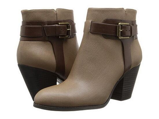 molto popolare New New New Nine West Donna  Haleylee Leather Ankle stivali Sz  6.5 M  Spedizione gratuita per tutti gli ordini