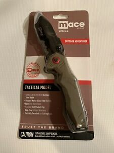 """Tactical Knife with 3 1/2"""" Stainless Steel Blade"""