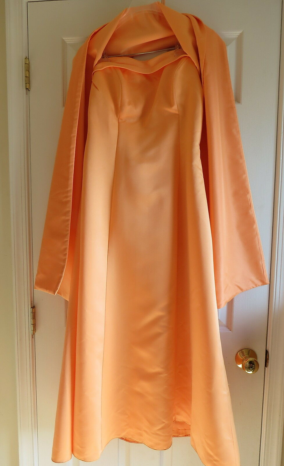 Ladies formal gown Prom Bridal size 14 orange removeable straps with scarf