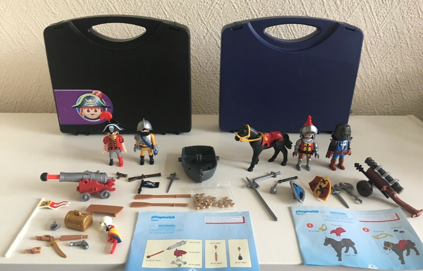 Playmobil 5894 Pirate & 5972 Knights Carry cases