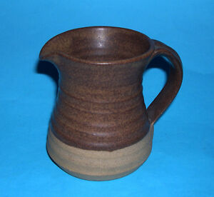 Fred Bramham Studio Pottery  Attractive Classic Jug Makers Mark FB Exc Cond - Bungay, United Kingdom - Fred Bramham Studio Pottery  Attractive Classic Jug Makers Mark FB Exc Cond - Bungay, United Kingdom