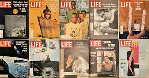 Lot-of-20-1966-LIFE-Mags-MoonScape-Cardinale-Gemini-10-LSD-Loren-Pop-Art-Loren