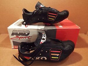 New-Old-Stock AXO Elite Cycling Shoes ...Pre-Drilled for LOOK//SPD-SL Size 38