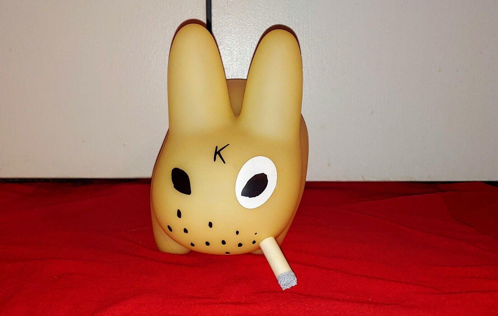RARE   Kidrobot Kidrobot Kidrobot 10  GLOW IN THE DARK Smorkin Labbit Vinyl Figure Toy Frank Kozik 98a067