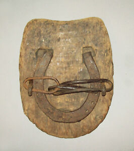 Antique-vtg-mid-19th-C-1850s-Wood-and-Wrought-Iron-Bog-Horse-Shoe-W-Human-Face