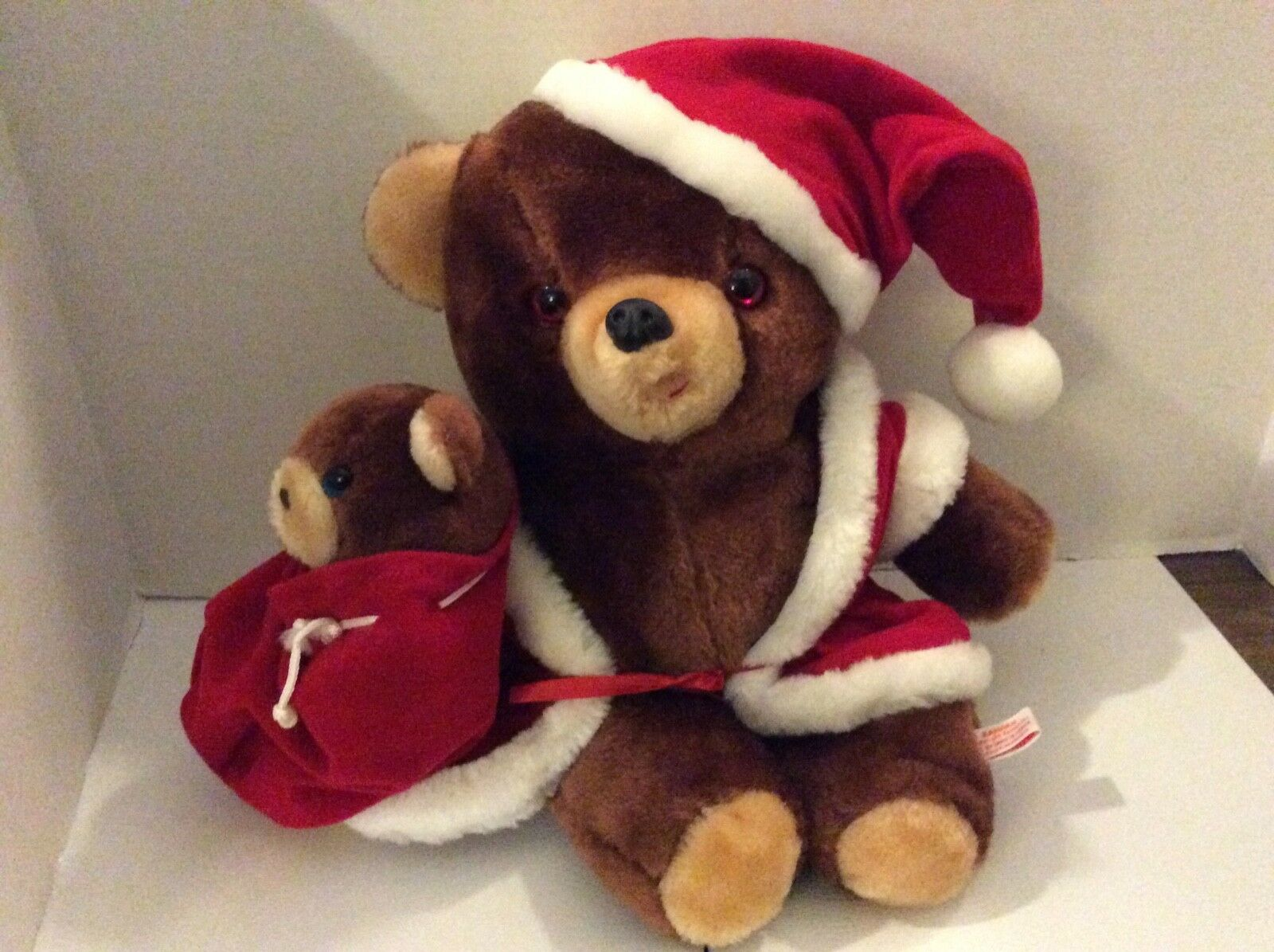 VINTAGE KAMAR HAND MADE IN KOREA STUFFED PLUSH CHRISTMAS CHRISTMAS CHRISTMAS BEAR e40