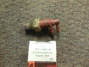 NOS OEM Ford Vacuum Delay Control Valve Kit # D5TE-BA /& D3DE-AB Set
