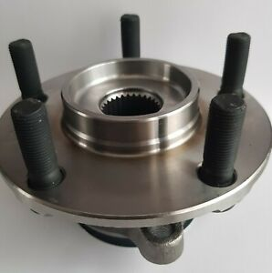 Nissan QASHQAI J10 Front Hub and Bearing.in Pack.