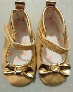 9d419cea0476aa Ted Baker Baby Girl Pram Shoes 3-6 Months Very Good Condition Gold ...