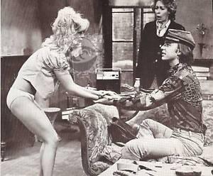 actors   porn   breast   being   kissed